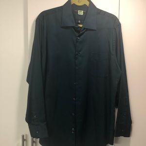 Geoffrey Beene wrinkle free fitted shirt